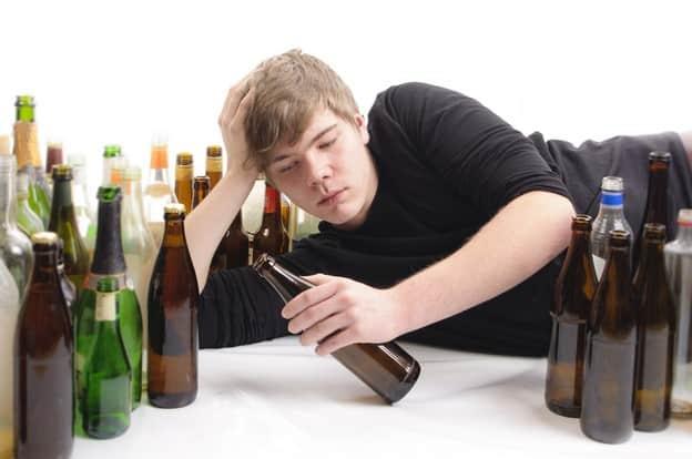 Зависимость от горячительных напитков