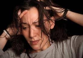 Причины зависимости женского пола от горячительных напитков
