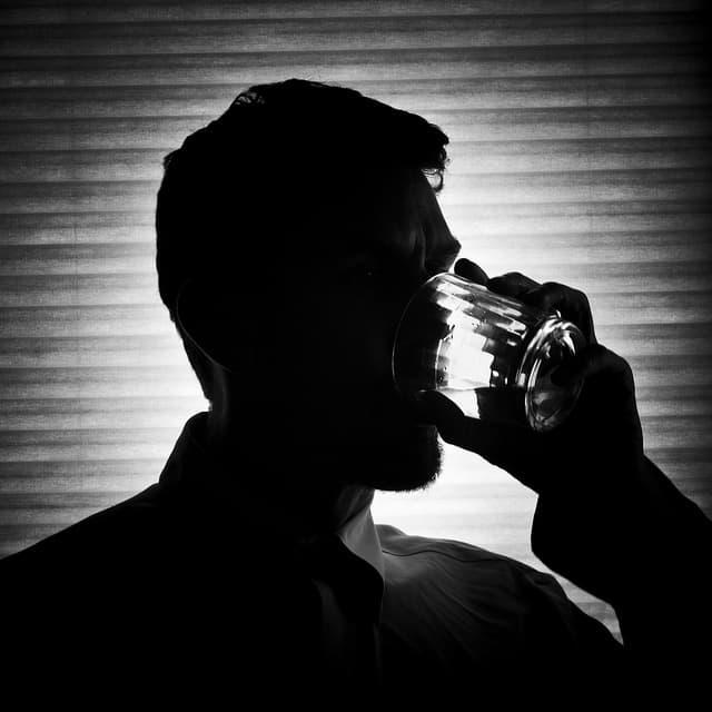 Скрывание проблемы алкогольной зависимости