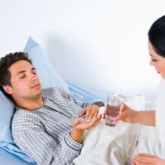 Лечение зависимости от горячительных напитков: лекарственные препараты