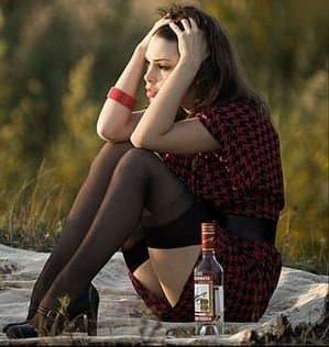 Порочная зависимость слабого пола от спиртных напитков