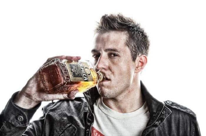 Неконтролируемая тяга к горячительным напиткам
