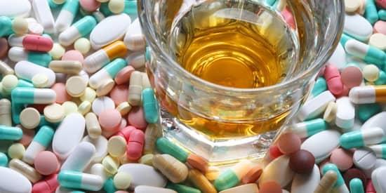 Медикаментозные средства для притупления тяги к горячительным напиткам