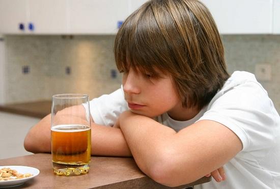 Подростки и спиртные напитки