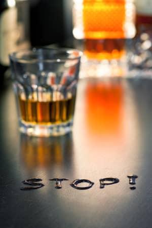 Установка «стоп-блока» алкозависимым людям