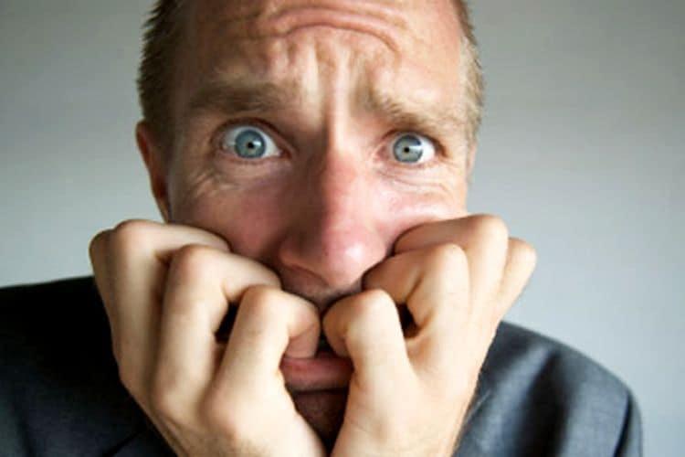 Патологическое влияние спиртного на психику больного человека